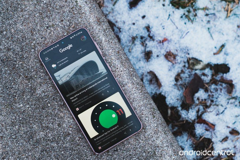 Google Discover feed on the Galaxy S21